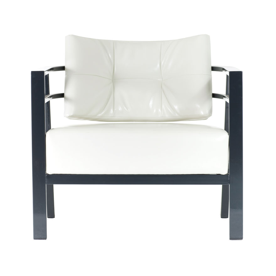 Custom Made In Canada :: Custom Accent Chair With Arms