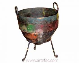ART-019 Iron Pot