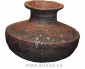 ART-004 Antique Clay Pot